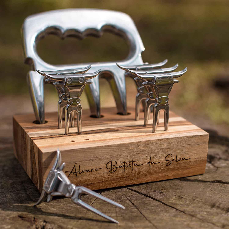 Imagem Garra de urso e petisqueira de alumínio