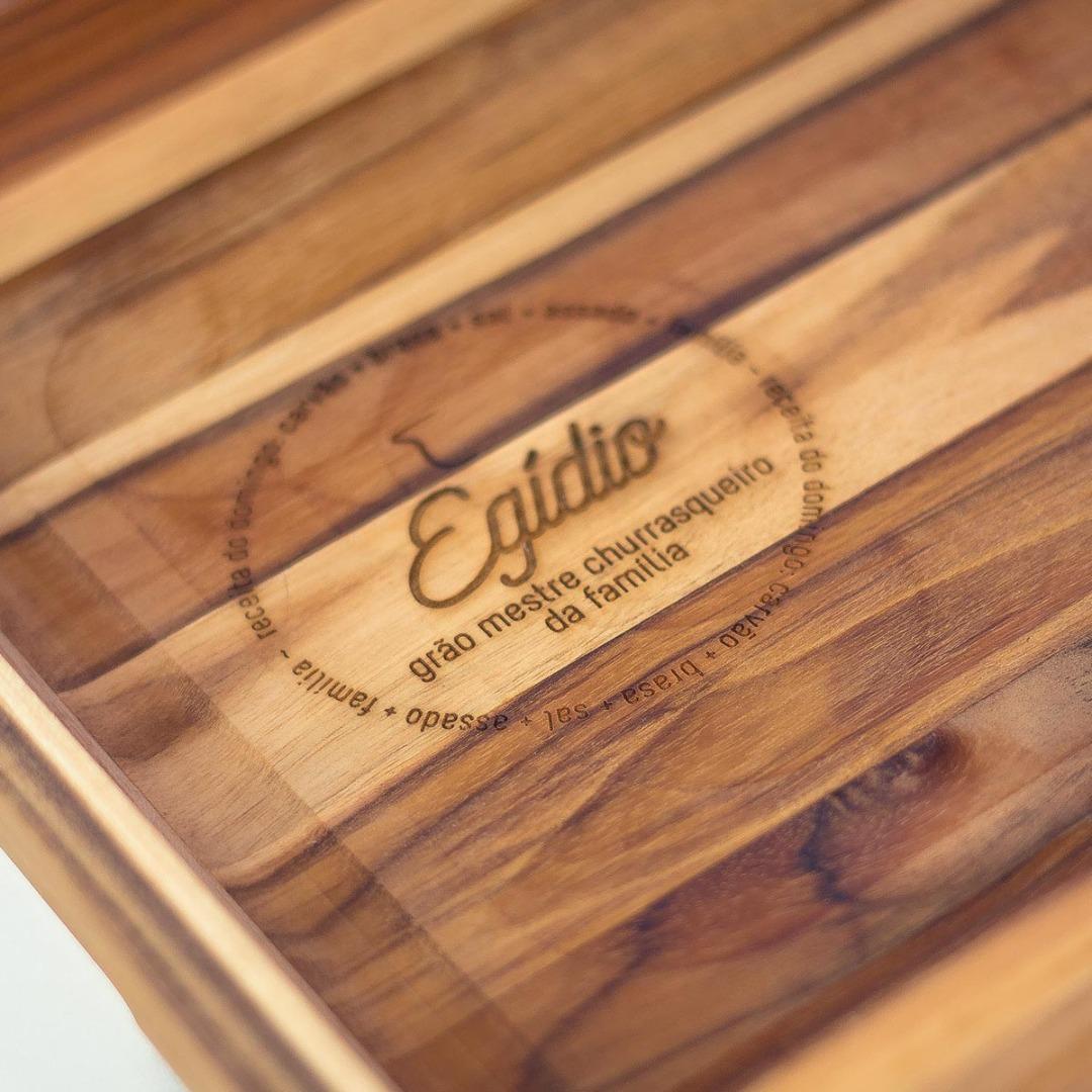 Imagem  Gamela de madeira teca G personalizada